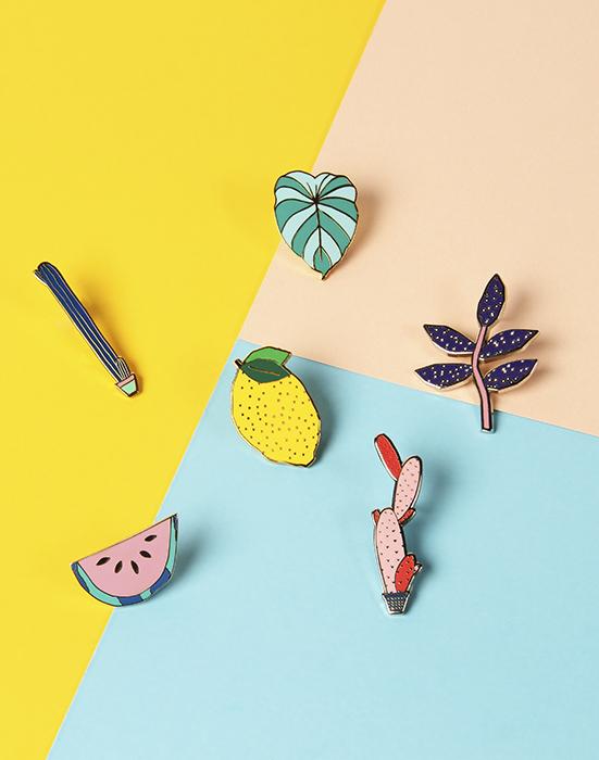 1_Pins_mag2017 small